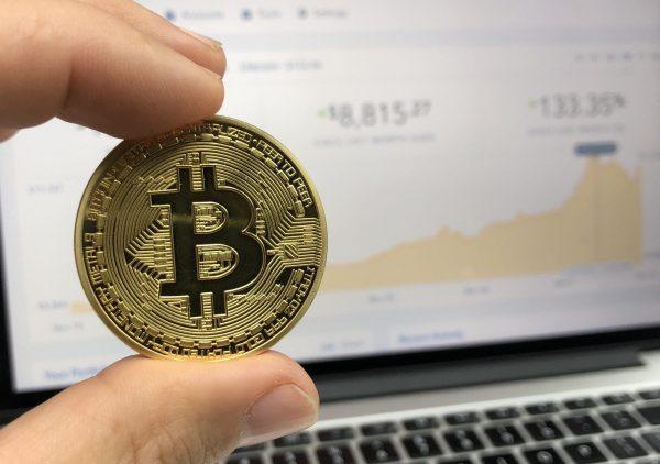 Bitcoins kaufen – wie geht das? Einfache Anleitung zum Thema Kryptowährungen und Marktplätzen