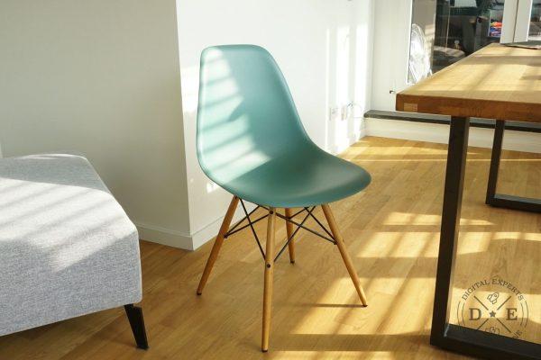Vitra Eames Chair DSW Replika: das sind die Unterschiede zum Original
